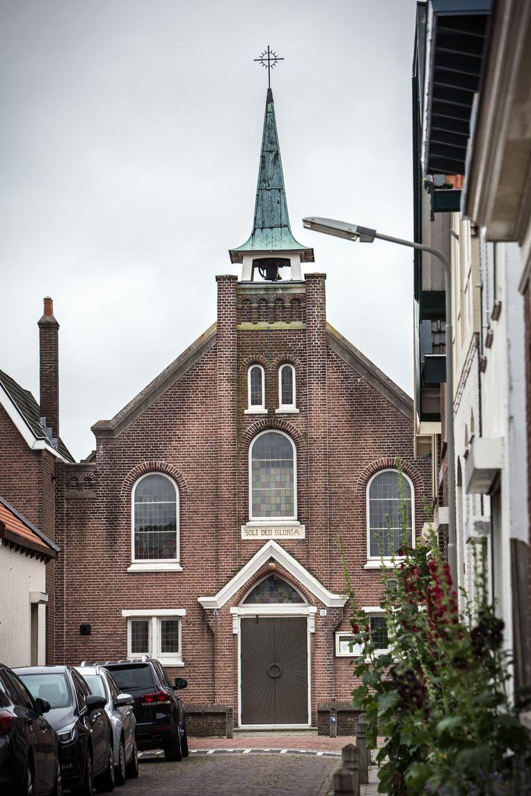 In het Zeeuwse Hansweert en Schore stonden in 2018 twee kerken van de PKN te koop, omdat het aantal kerkgangers flink is gedaald.  Beeld Maikel Samuels