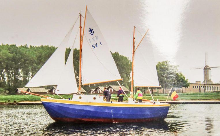 In 1993 liet de Zeescouts deze zeilboot te water in de Gavers.
