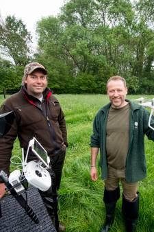 Reetjes redden met drone in Diepenheim