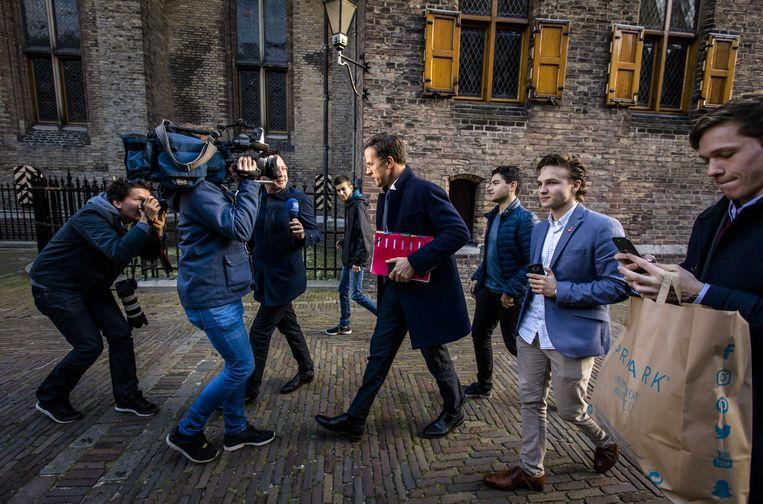 Premier Mark Rutte op het Binnenhof na afloop van de gesprekken met informateur Gerrit Zalm. Beeld ANP