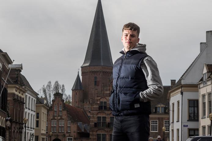 Rapper Pjotr (Pjotr Golsteyn) uit Zutphen.