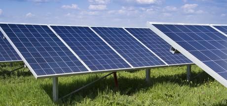 Particulier plan voor zonneveld van 30 hectare langs A1 bij Wilp