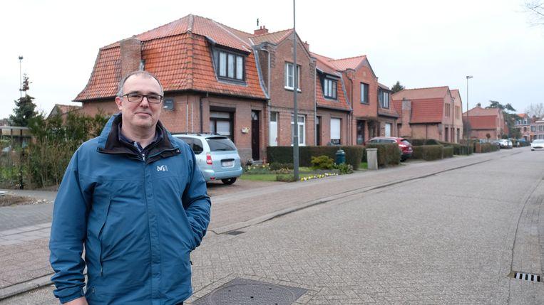 Bruno Gastmans van de heemkundige kring aan de Mayerlei in Mortsel, vernoemd naar Henriëtte Van den Bergh-Mayer.