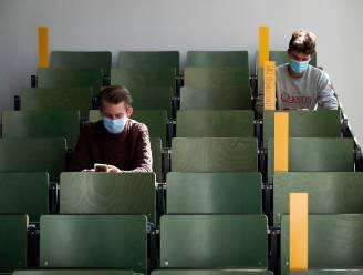 """Zorgwekkende enquête bij eerstejaarsstudenten Universiteit Antwerpen: """"Eén op zeven worstelt met donkere gedachten"""""""