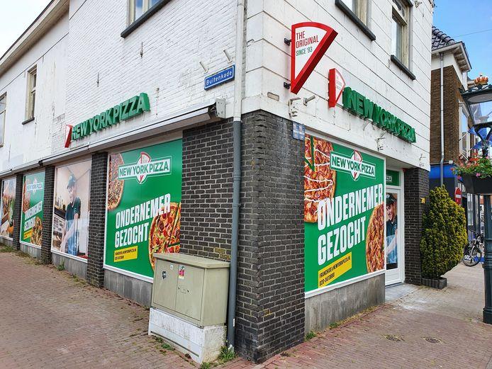 Pizzapand in Oudestraat in Kampen.