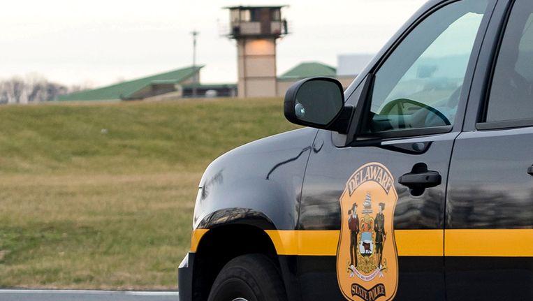 Politiecontrole bij de gevangenis van Smyrna in de staat Delaware.