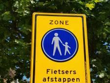 Nieuwe poging om fietsers te laten afstappen in centrum van Hengelo