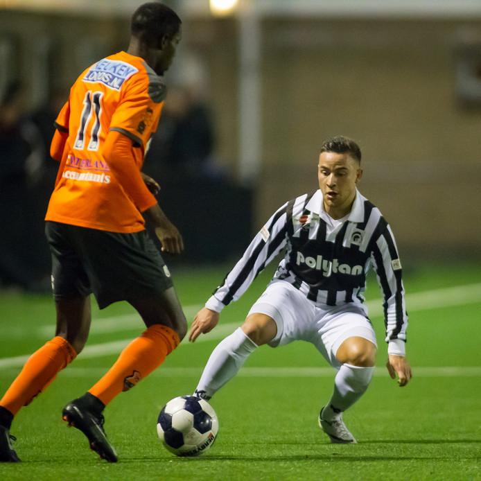 Achilles 29-speler Mischa Boelens tegen FC Volendam.