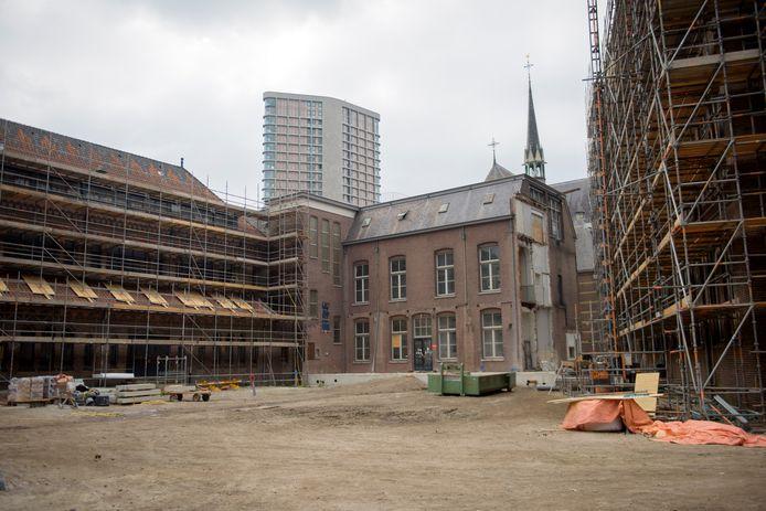 EINDHOVEN - Transformatie Marienhage Architekt Bert Dirrix en DELA directeur Edzo Doeve