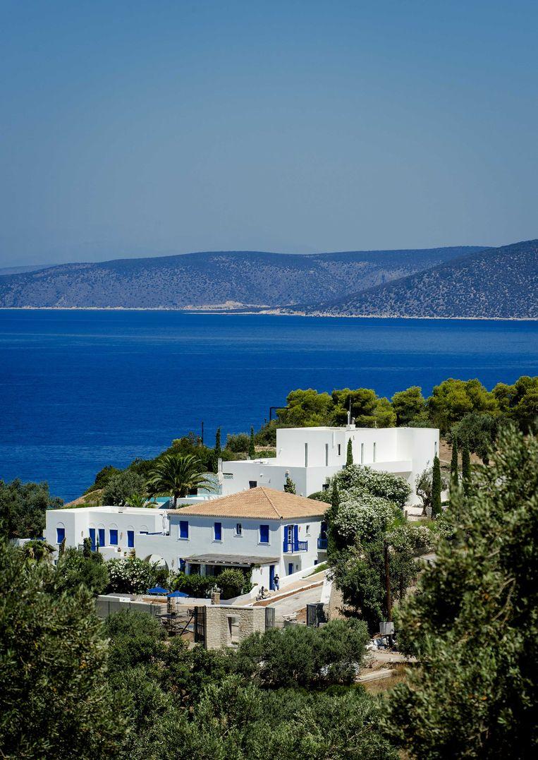 Koning Willem-Alexander breekt vakantie Griekenland af na ophef