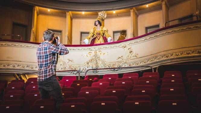 Ode aan de cultuursector met fotoshoot 'Queen of the Theater'