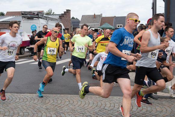 Maar liefst 450 volwassenen namen deel aan de Pelikaan-Run