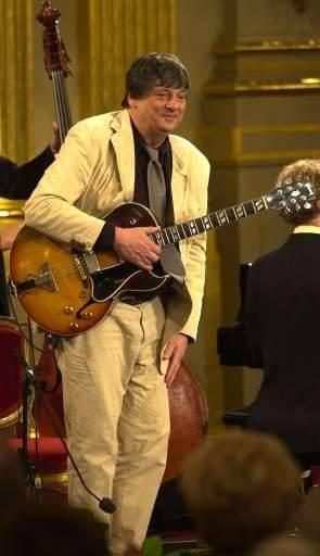Philip Catherine, guitariste jazz de renommée internationale, a reçu un Octave d'honneur.