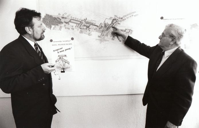 Burgemeester Henk van Beers en wethouder Frans van Heuven presenteerden in maart 1993 de situatieschets van het nieuwe centrum van Bakel. Vier jaar later hield Bakel als zelfstandige gemeente op te bestaan en werd samengevoegd met de gemeente Gemert.