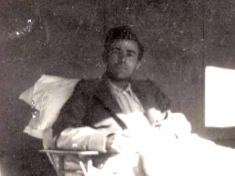 Kapelse erepenning voor heldhaftige militair Donatien Hamon (102)