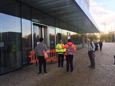 Dringen om studieplekken na sluiting Polak gebouw