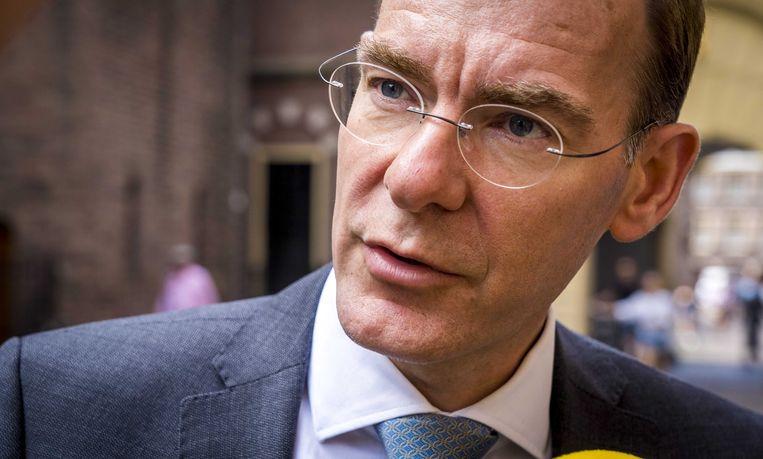 Staatssecretaris Menno Snel van Financien staat de pers te woord op het Binnenhof. Snel heeft inderdaad geen vervolgonderzoek ingesteld naar ten onrechte stopgezette kinderopvangtoeslag, terwijl onderzoekers dat wel voorstelden. Beeld ANP