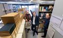 Jan Kloosterboer, Thomas van Berkel en Jan Wouters (vlnr) in het archief van het Nederlands Centrum voor Autohistorische Documentatie.