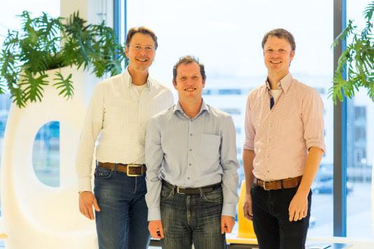 De obesitas-chirurgen van het MMC. Van links naar rechts: F. van Dielen, A. Luijten en W. Leclercq.