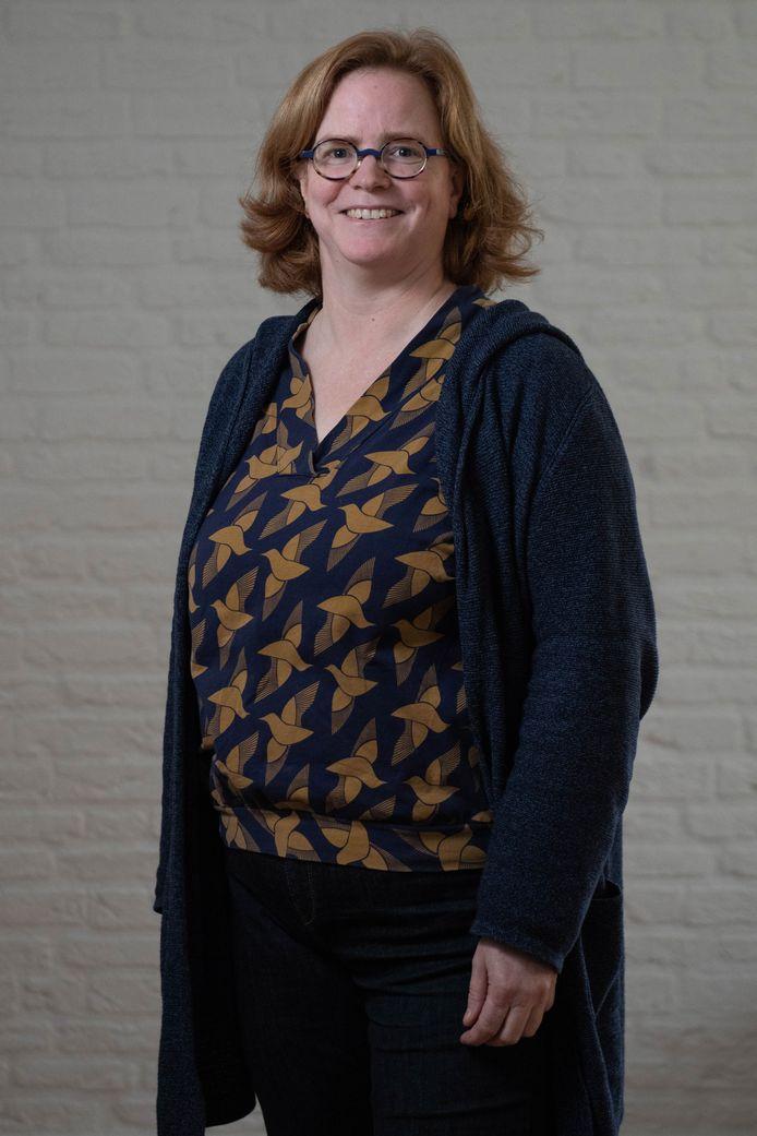Julia Henkel.