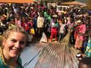 Marleen Hoftijzer bij een bruiloft in Kameroen