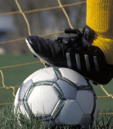 UNA behaalt als eerste club in regio certificaat Regionale Jeugdopleiding