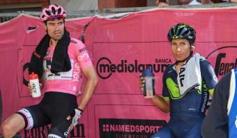 Tom Dumoulin verliest roze trui aan Quintana