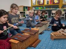 Anders dan gepland, maar 25 jaar Tiels Montessori-onderwijs wordt ondanks corona groots gevierd