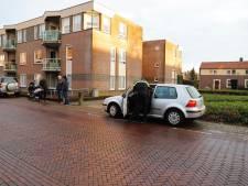 Scooterrijder gewond na botsing met autodeur