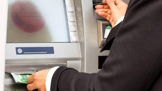 Bent u nog tevreden over uw bank? Doe mee met de enquête en win een iPhone 11
