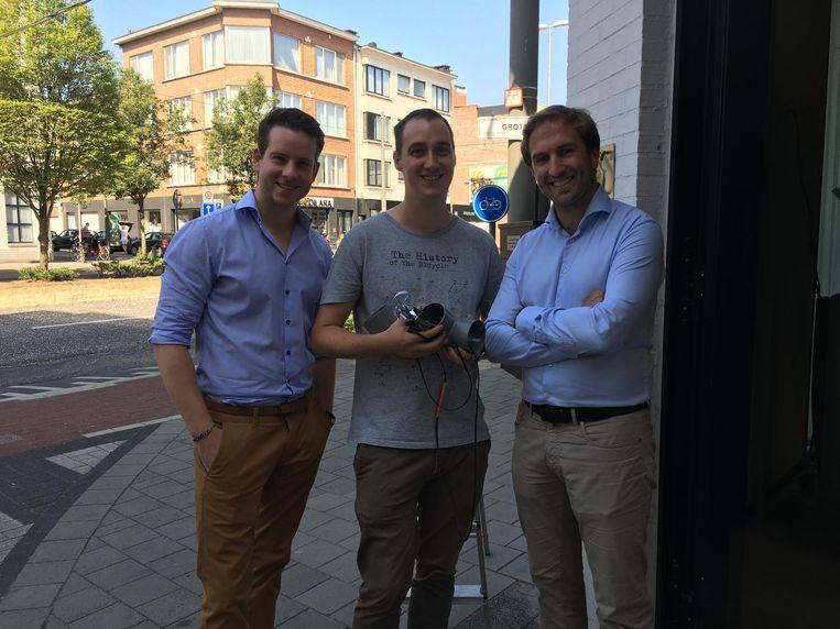 Sam Voeten, Thijs Van den Brande en Jan Braeckmans van Jong CD&V zetten in op luchtkwaliteit.