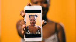 Instagram bant filters die plastische chirurgie aanmoedigen: hoeveel kwaad kan zo'n effectje écht?