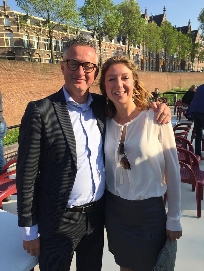 Wim van der Steen met bestuurslid Marloes Telgenhof.
