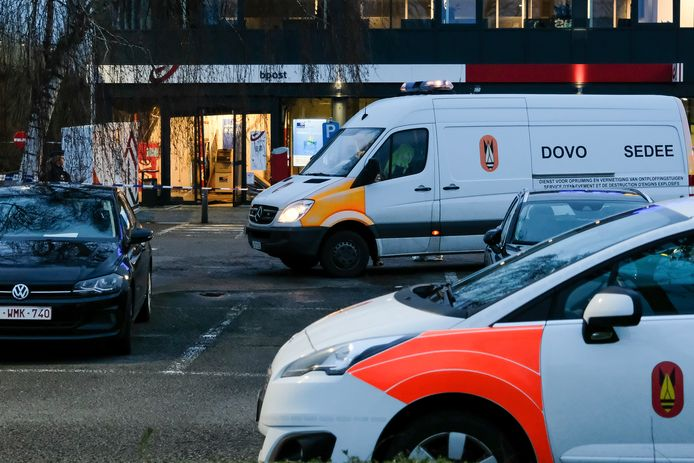 DOVO kwam zowel in Zaventem (foto) als in Dilbeek ter plaatse voor verder onderzoek.