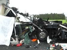 Duitse agent toont verkeersdode aan ramptoeristen