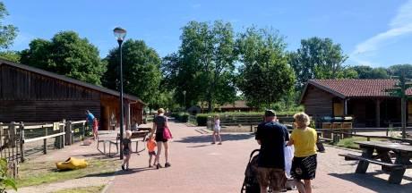 Kinderboerderij De Elzenhoek na drie maanden weer open