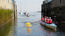 De KiKaRow-boot The Vin Vaart het Paasweekend door Zeeland. Via Bruinisse, Zierikzee, Kats en Goes vaart de boot naar Middelburg.