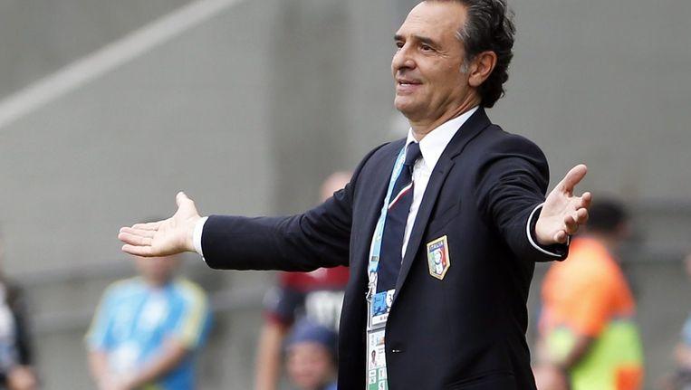 De Italiaanse bondscoach Prandelli Beeld AFP