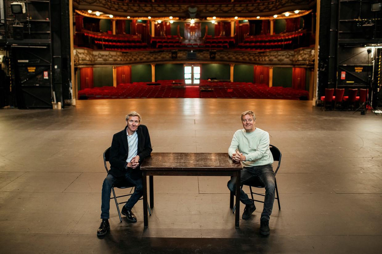 Jan (l) en Frank Raes in de Antwerpse Opera.