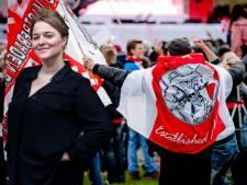 Oom (51) en neefje vliegen elkaar aan: 'Hij is voor Feyenoord, ik voor Ajax'