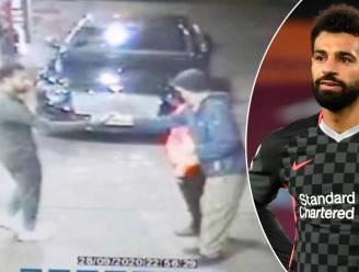 """Salah verdedigt dakloze man die wordt lastiggevallen en stopt hem 100 pond toe: """"Wat een legende"""""""