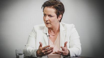 """Annick Ponthier (Vlaams Belang): """"Stop de fruitexport naar Rusland: eigen fruit eerst"""""""