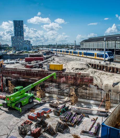 Bouwen en graven bij station Hollands Spoor