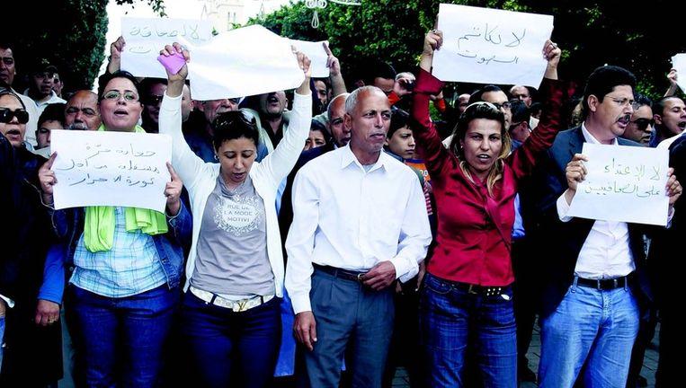 Begin deze week demonstreerden Tunesische journalisten in Tunis tegen het politiegeweld tegen de media. Een van de leuzen: 'Er is geen revolutie zonder persvrijheid'. Beeld