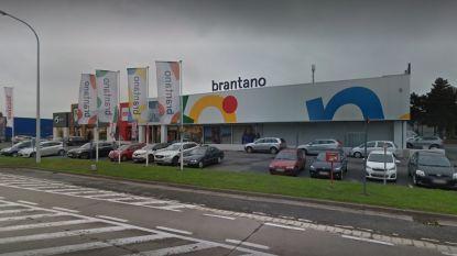 Drietal krijgt tot 18 maanden cel voor diefstal van meer dan 6.000 euro aan dure merkkledij