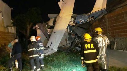 """""""Vliegtuigje met twee Belgen en jongen (11) aan boord gecrasht op woning in Argentinië"""""""