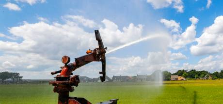 Boer mag zijn grasland beregenen met grondwater, met dank aan kletsnatte februari