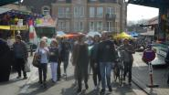 Jaarmarkt met lokale handelaars en kraampjes met streekproducten