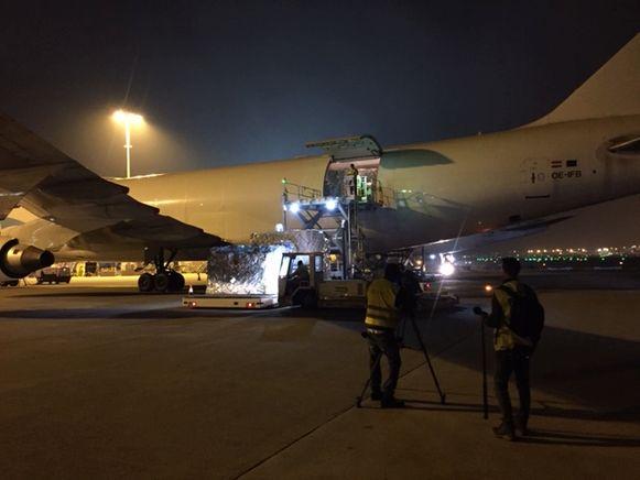 Eind vorige week arriveerden al 5 miljoen mondmaskers op de luchthaven van Luik Bierset.