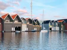 't Is stil aan het Waterfront; wat te doen met de woontoren en het theater?